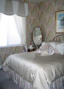 Custom Bed Ensemble & Window Treatments, Monet Wallpaper.
